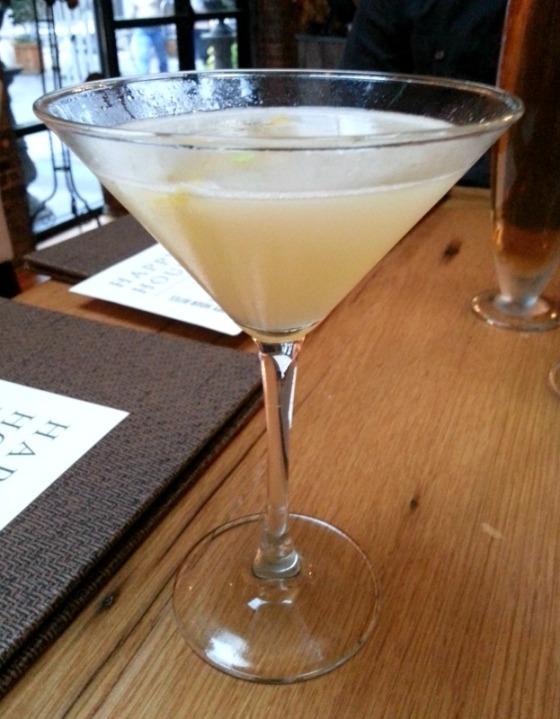 Bagbys Ten Ten Hoop La Cocktail Happy Hour