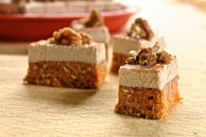 Raw Carrot Cake Bites The Sweet Life