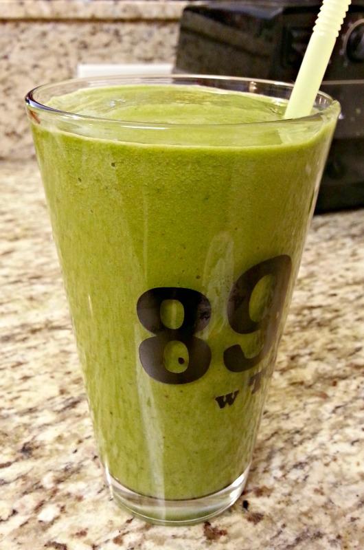 Kale Mango Smuice Live and Diet LA