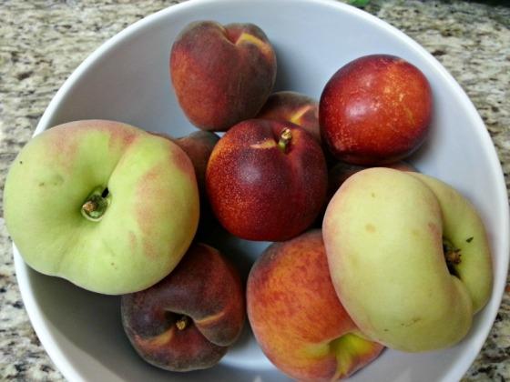 Grand Lake Farmers Market Peaches
