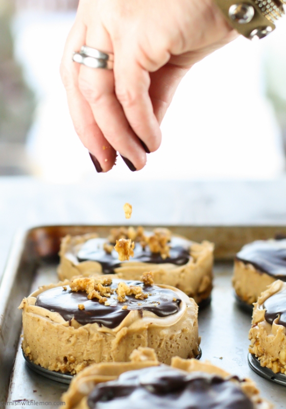 Peanut Butter Snickerdoodle Tarts with Cinnamon Peanut Crust Garnish with Lemon