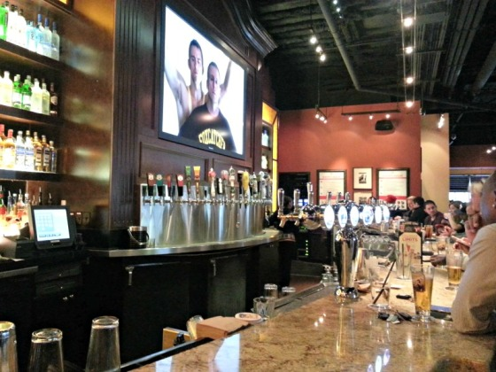 BJ's Brewhouse Bar