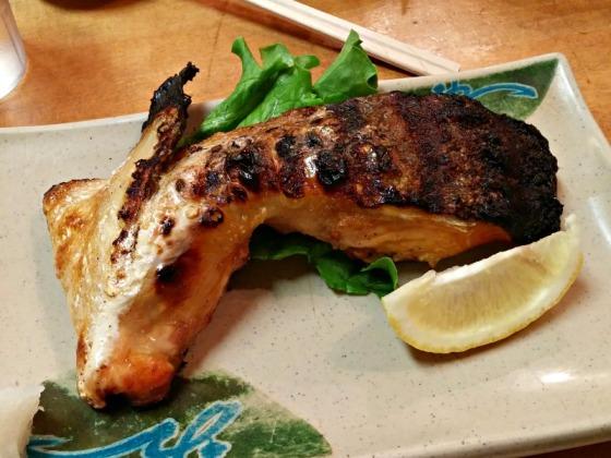 Geta Sushi Salmon Kama Collar